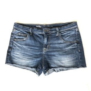 Mossimo Boyfriend Shorts - blue denim cutoffs